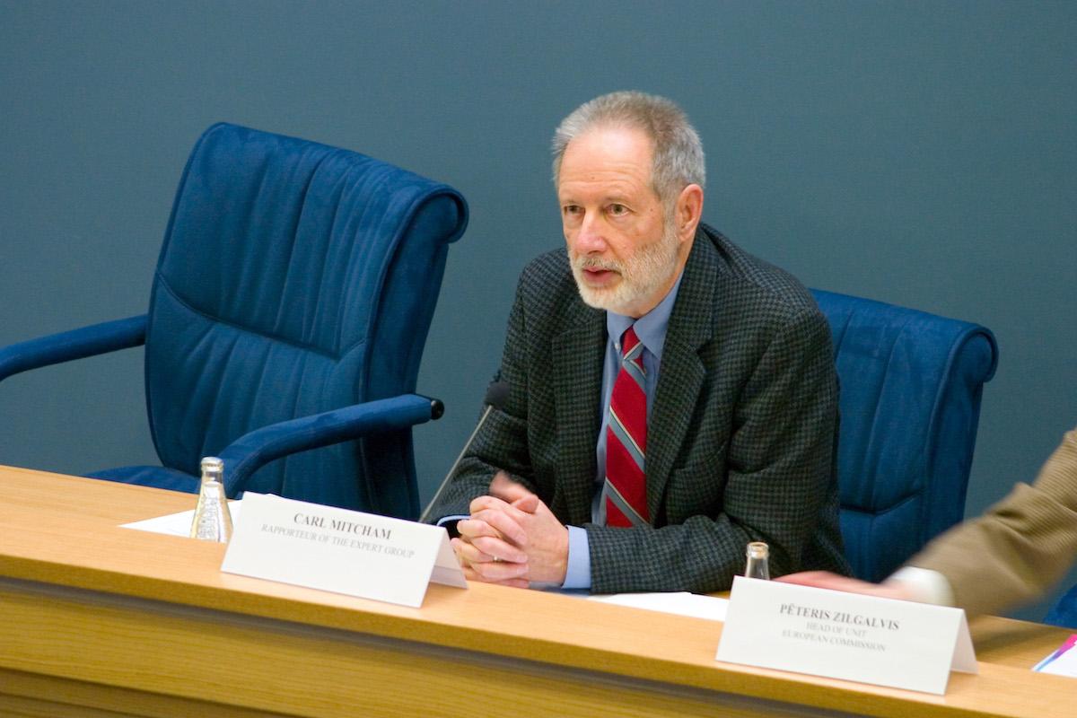 公告:卡尔·米切姆(Carl Mitcham)教授加入我们的学术委员会